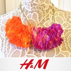 2 NWT H&M Hawaiian Lei Inspired Necklace